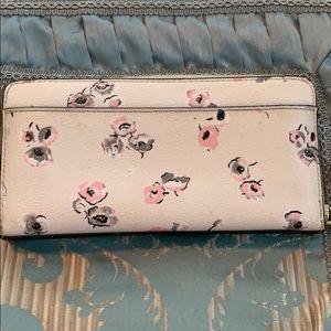 Coach Bags - Coach full size wallet
